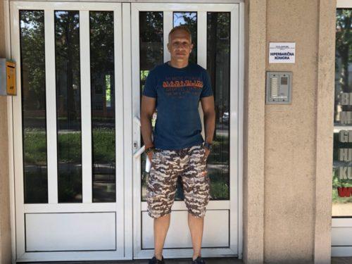 Milan Kalinic u hiperbaricnoj komori